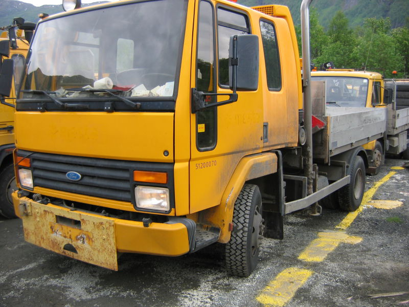 Ford Cargo 813 - 0