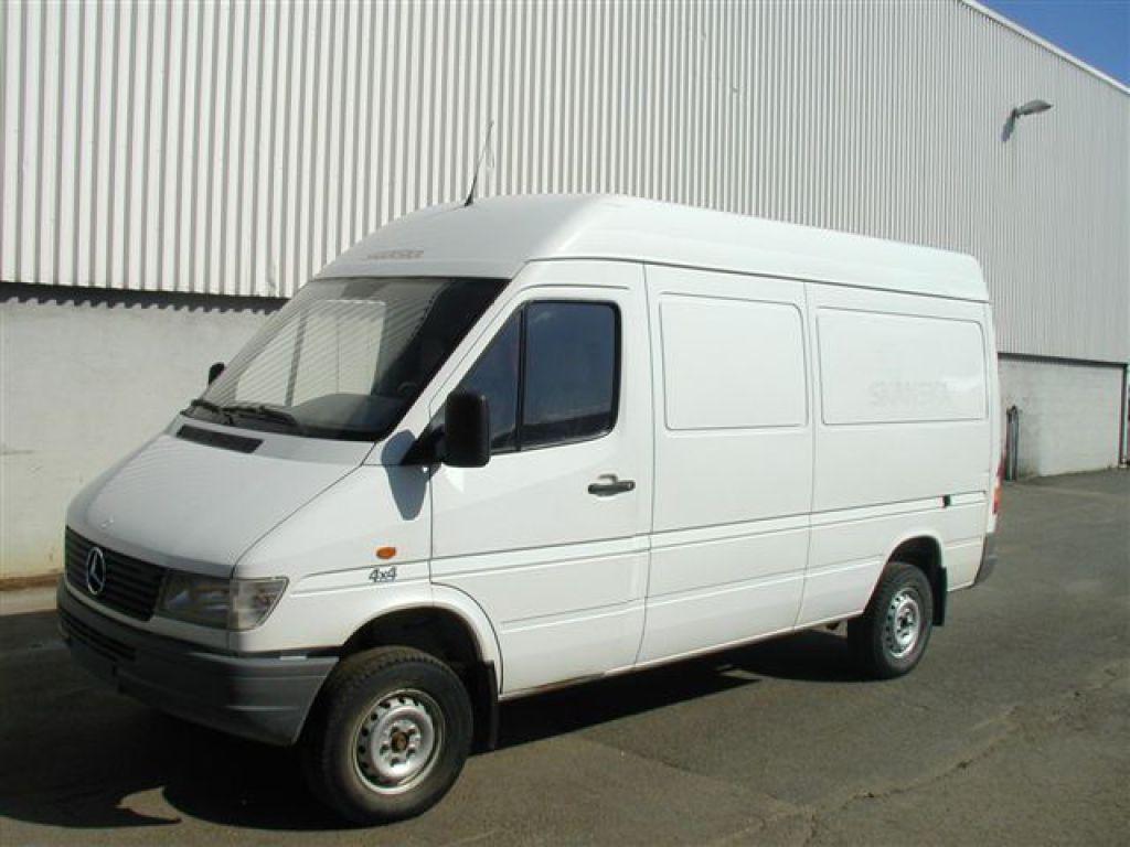 4X4 Sprinter Van For Sale >> Myytavana Mercedes Benz 312 Sprinter 4x4 Retraden