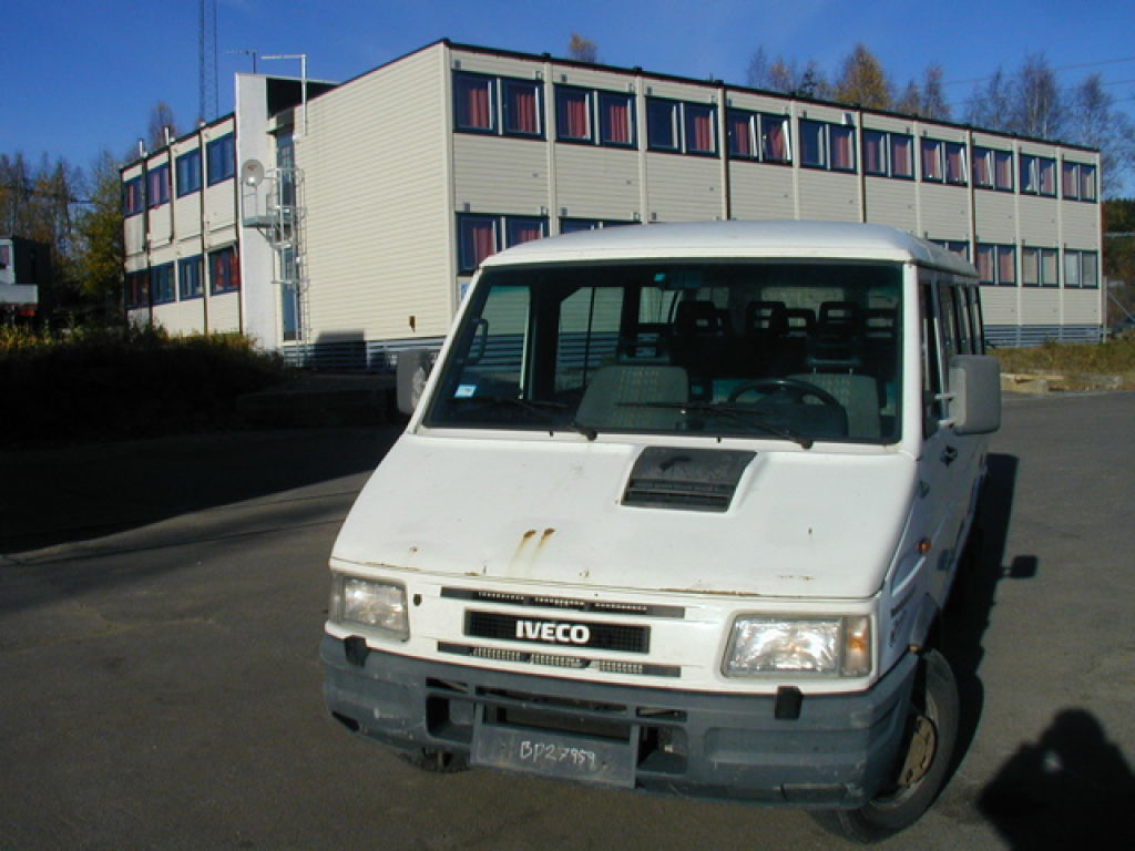 Groovy Iveco Turbo Daily 35-10 for sale. Retrade offers used machines XA83