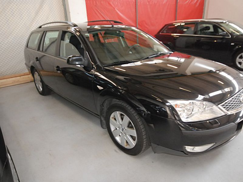 Ford Mondeo 1,8 Trend stv  - 2