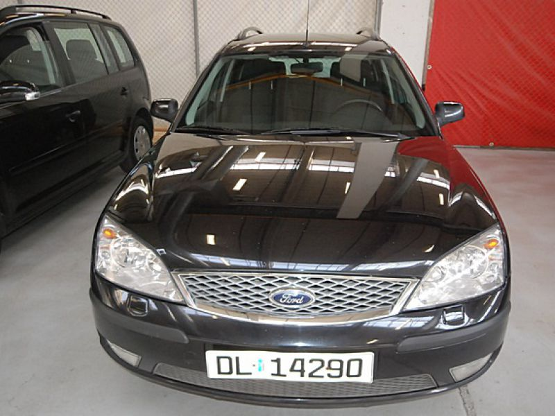 Ford Mondeo 1,8 Trend stv  - 4