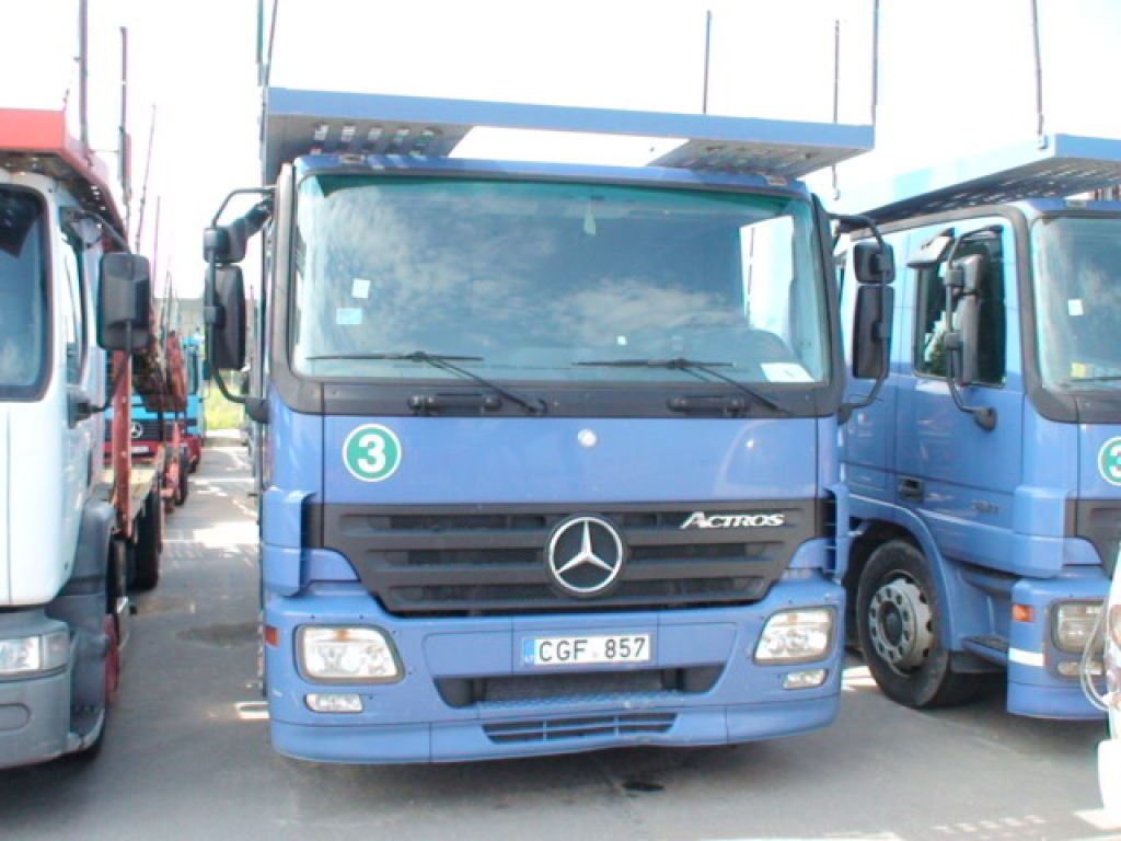 the t breaking announces trucks time record first benz for fils in truck business gargour automotive exceeding sale mercedes sales