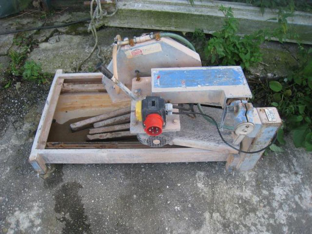 Ceramic tiles cutter for sale retrade offers used machines ceramic tiles cutter 0 dailygadgetfo Gallery