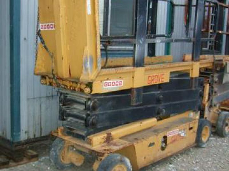 Scissor_lift_Grove_SM2633E_ _2_units. scissor lift grove sm2633e 2 units for sale retrade offers used