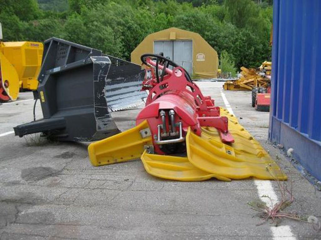 Pisten bully 100 for sale -  K Ssbohrer Pisten Bully 300 Polar 4